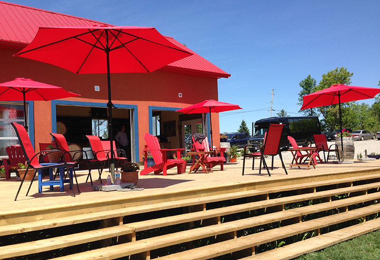 Three Dog Winery Deck